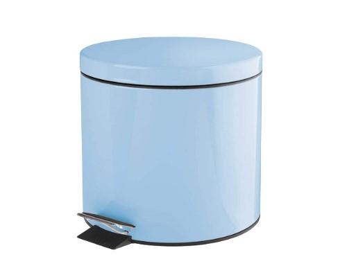 cubos de basura color azul